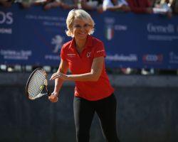 Sport e prevenzione: i Vip scendono in campo per Tennis & Friends