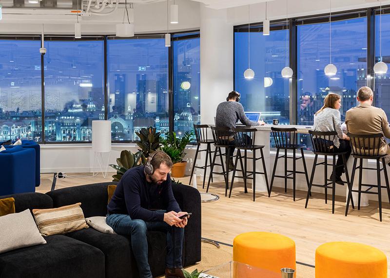 the best office lighting for employee
