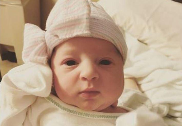 Emma Wren baby born frozen embryo_522134