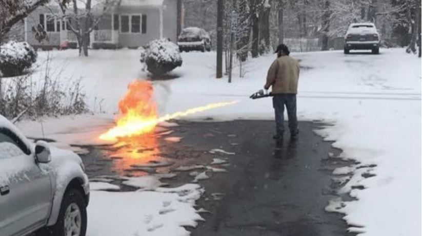 flamethrower_550866-873703987