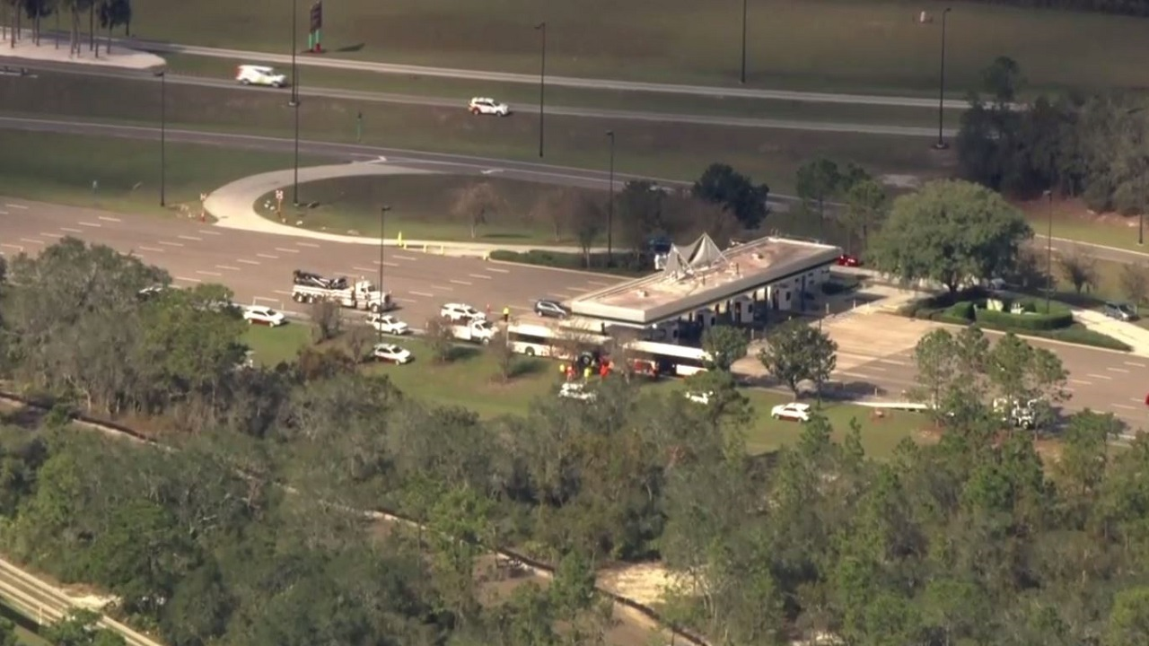 DISNEY BUS CRASH AERIAL_1544548008656.JPG.jpg