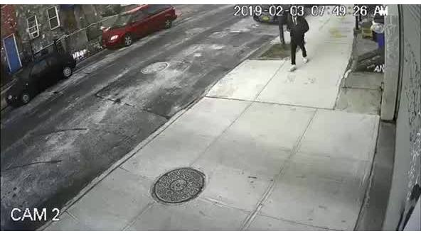 NYPD_searching_for_slashing_suspect_0_20190208130809-846653543