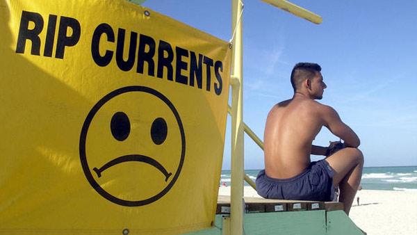 RIP-CURRENT-SIGN-BEACH--Web_21006