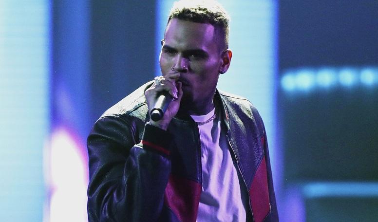 People Chris Brown_1546053683883