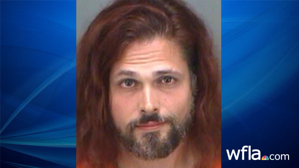 Palm Harbor man allegedly threatened to shoot and stab pet