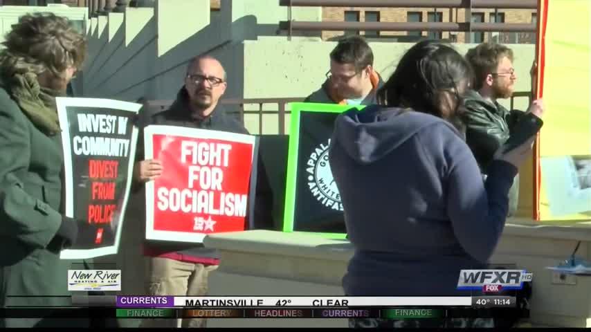 Dozens come to Anti Trump Rally in Roanoke_54925561-159532