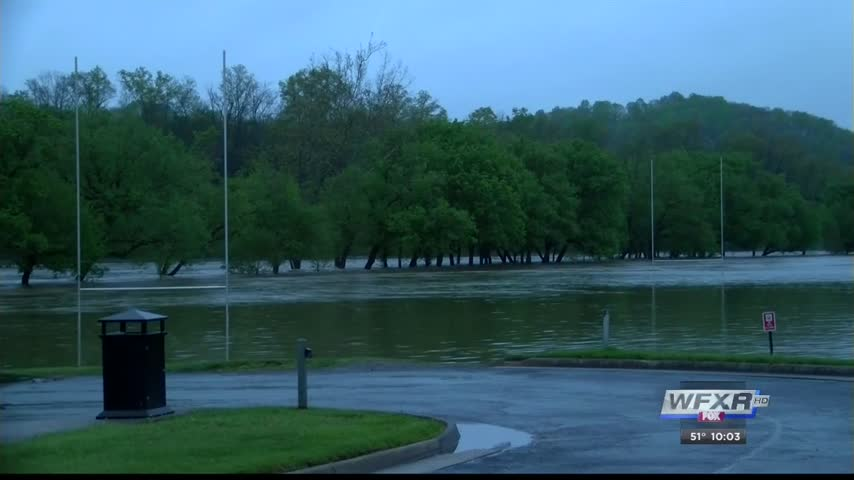 Flooding continues in Southwest Virginia_69965061