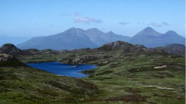 Contrasting Islands - The geology of Eigg and Rum by Angus Miller