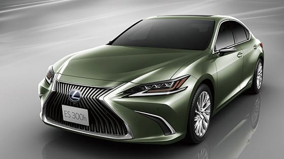 Lexus digitizes side-view mirrors with cameras for Japan's 2019 ES sedan