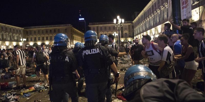 STRAGE DI TORINO IN PIAZZA S.CARLO: CONDANNATA BANDA DELLO SPRAY