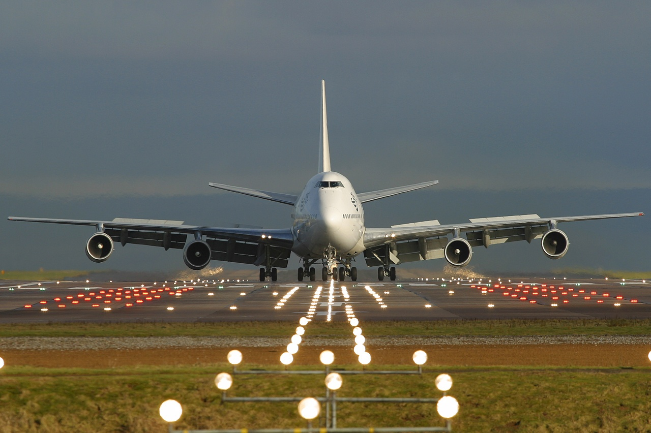 Boeing Files Patent to Generate Electricity from Airport Noise