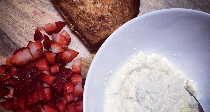 strawberry ricotta sandwich recipe
