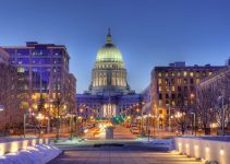 Image of Madison, Wisconsin skyline and state capitol building.