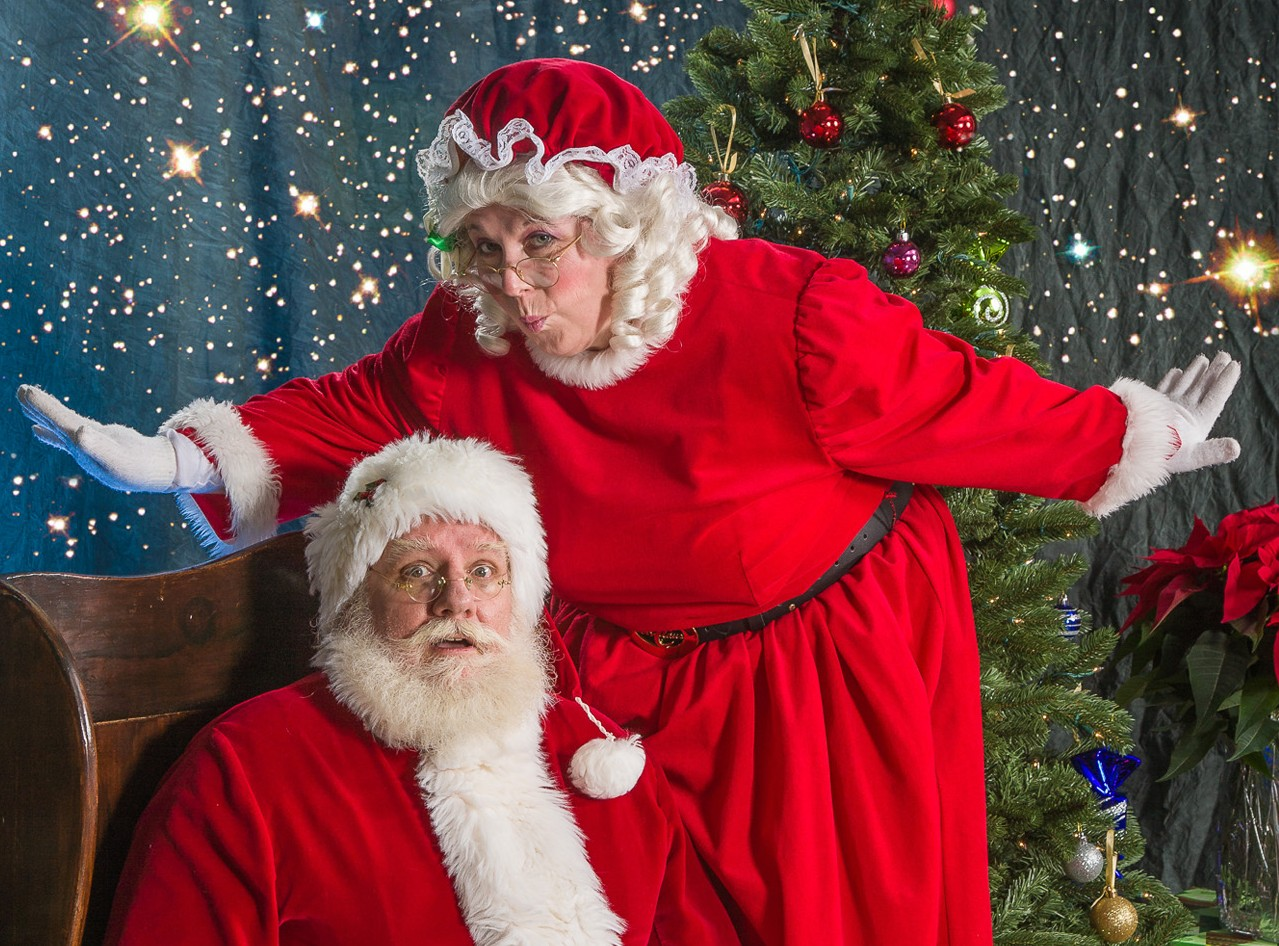 i met santa clause Your complete source for halco brand santa claus and mrs claus costumes and accessories we also offer holiday costume and local santa chair rentals.