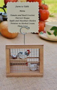 Based off of the original chicken coop ornament, Tracy now creates photo holder coops that can sport a farm-to-table menu or an event place card. Photo courtesy: A Piece of the Farm.