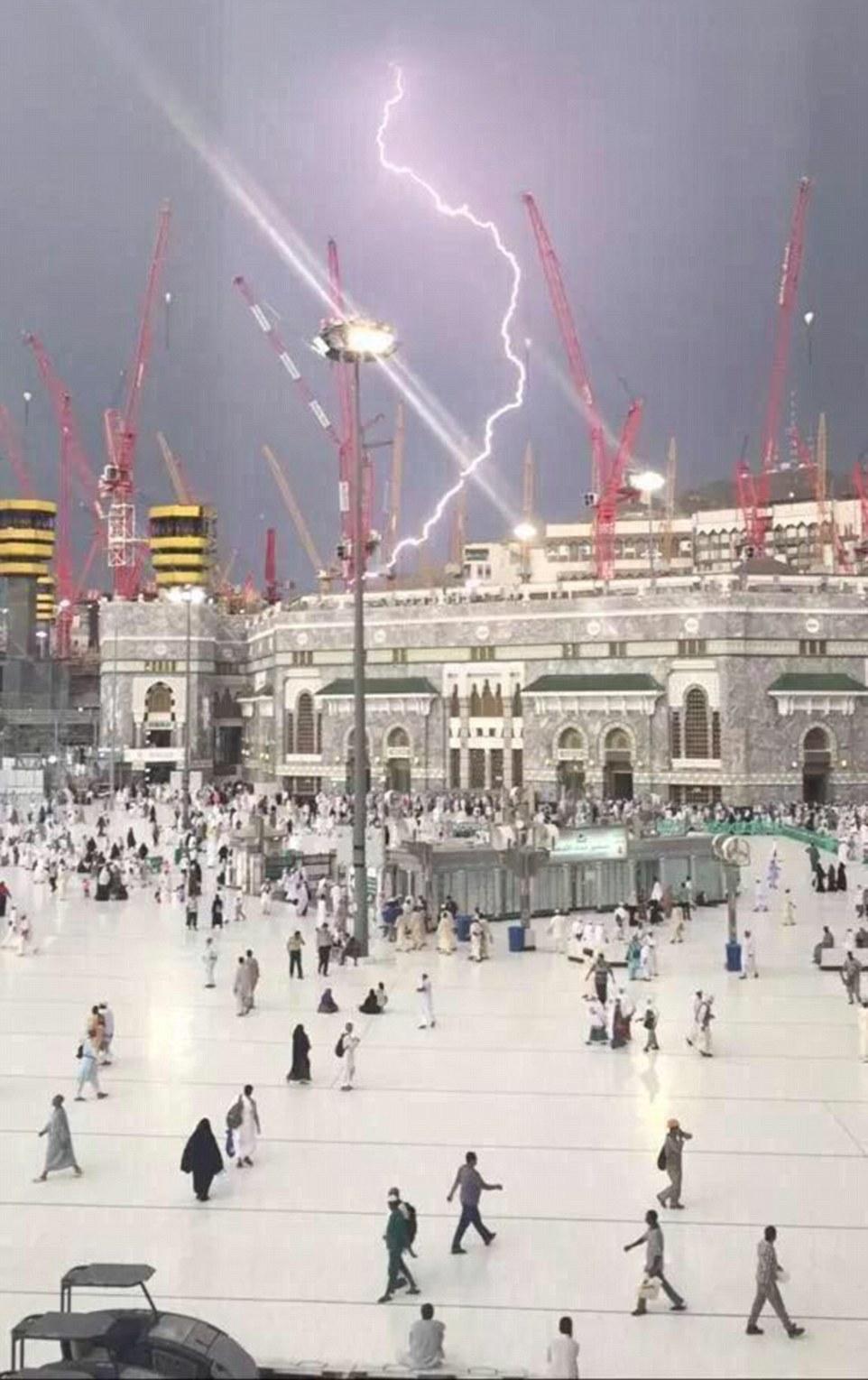 mecca lightning