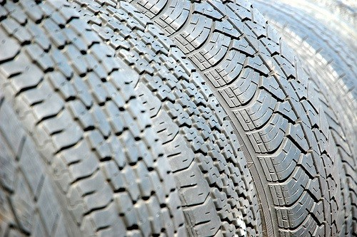 5 Things You Must Check Before Buying Tyres Online