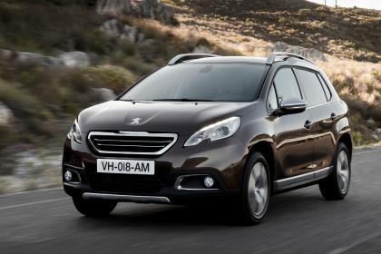 peugeot-2008-1-front-tracking