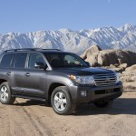 2014 Honda Pilot vs 2014 Toyota Land Cruiser