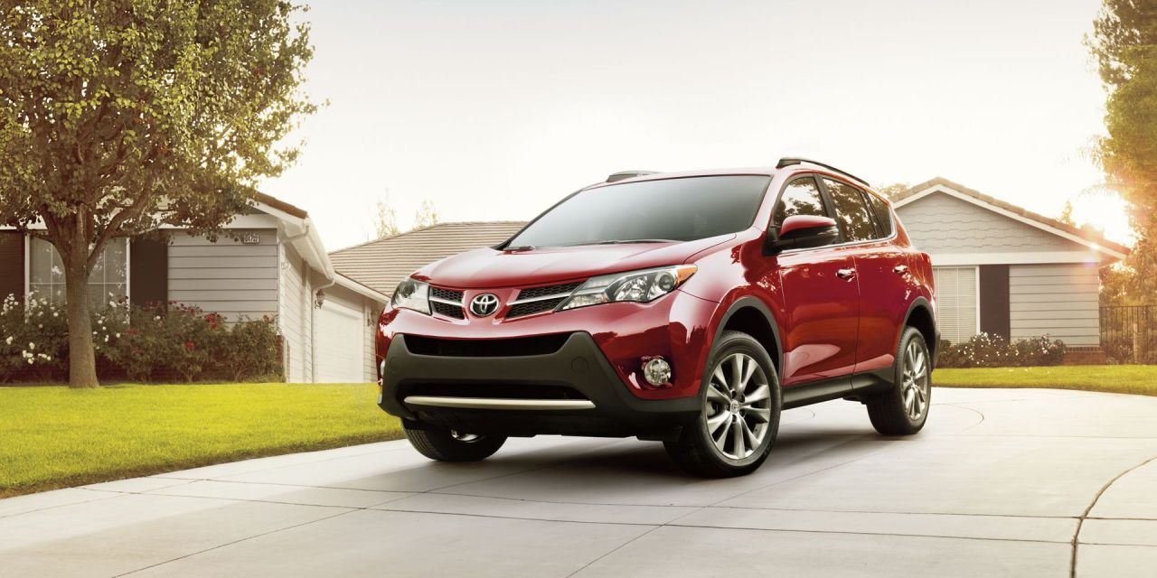 2014 Toyota RAV4 LE Review