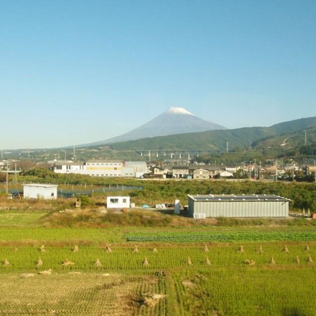 mt-fuji-from-the-train_4110134908_o