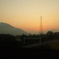 train-back-to-tokyo-at-sunrise_4110134606_o
