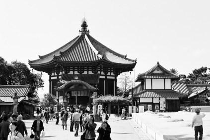 temples-in-nara_4116416847_o