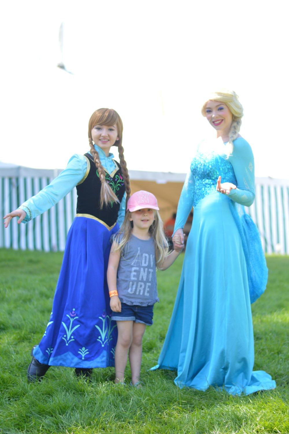 Elsa and Anna Geronimo Festival