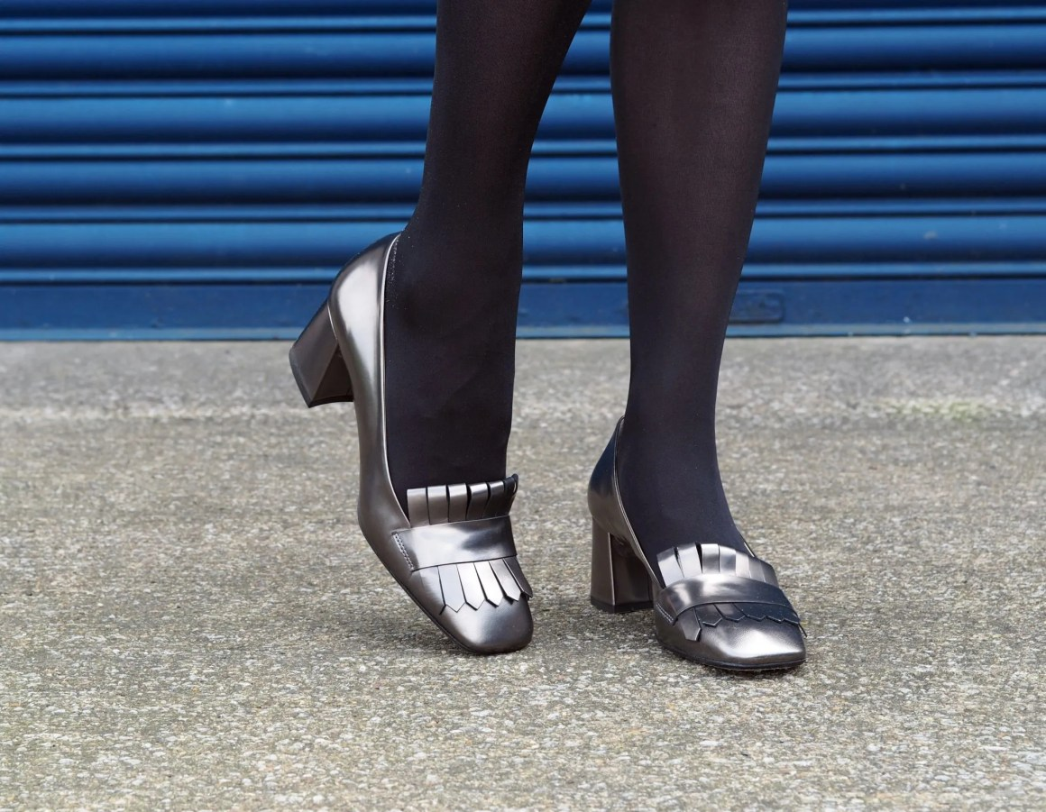 what-lizzy-loves-desk-dinner-hobbs-over-40-collectives-metallic-loafers