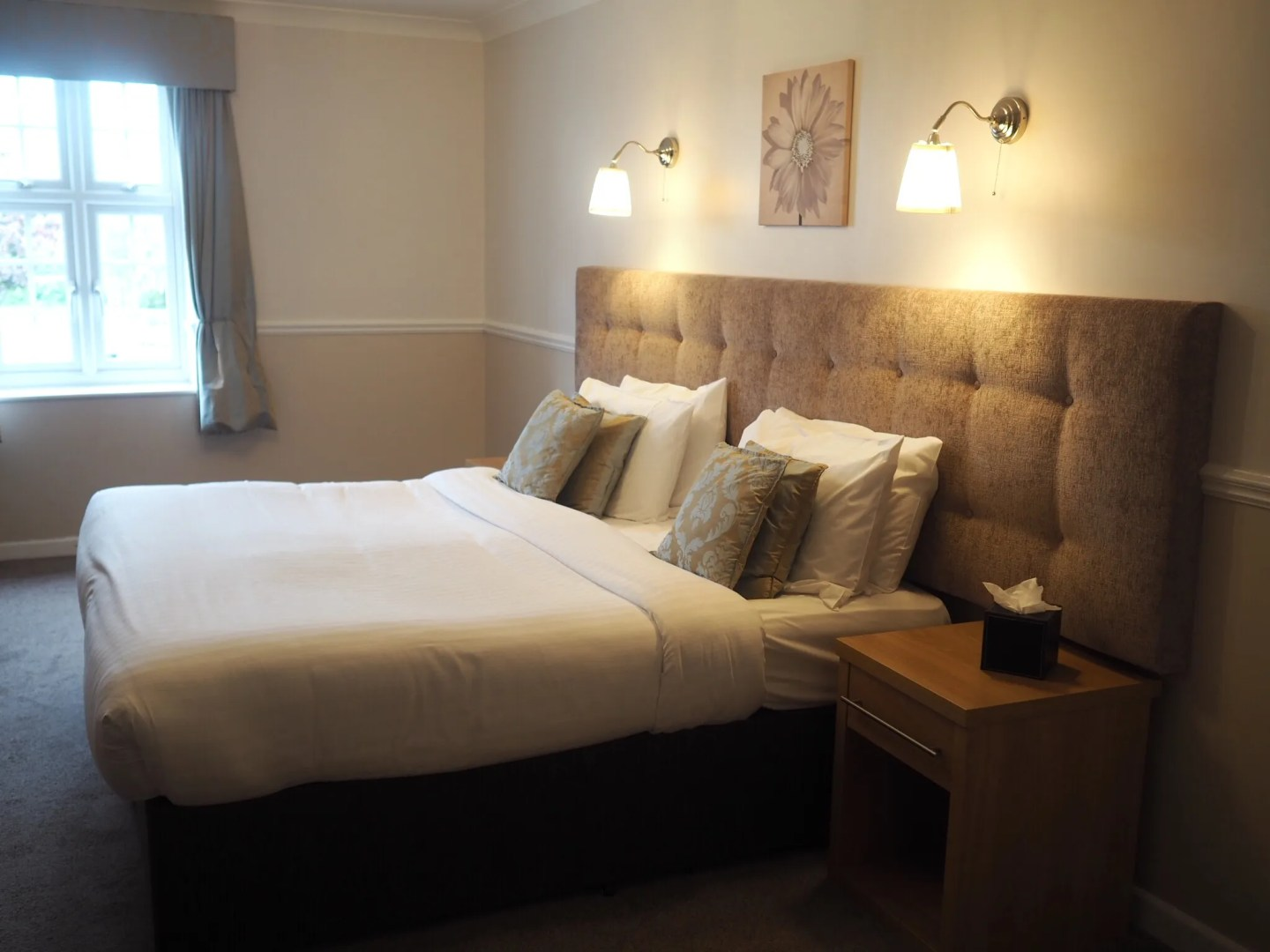What-LizzyLoves-Bank-House-Hotel-spa-review-Worcester-executive-room