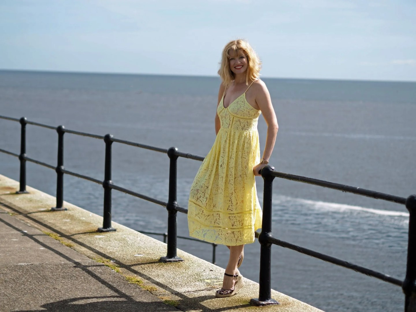 what-lizzy-loves-yellow-lace-midi-dress-yellowlacedress-leopard-espadrilles-tynemouth-north-pier