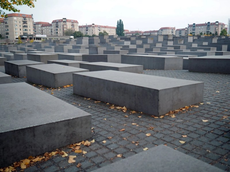 Berlin Holocaust Memorial Jews What Lizzy Loves