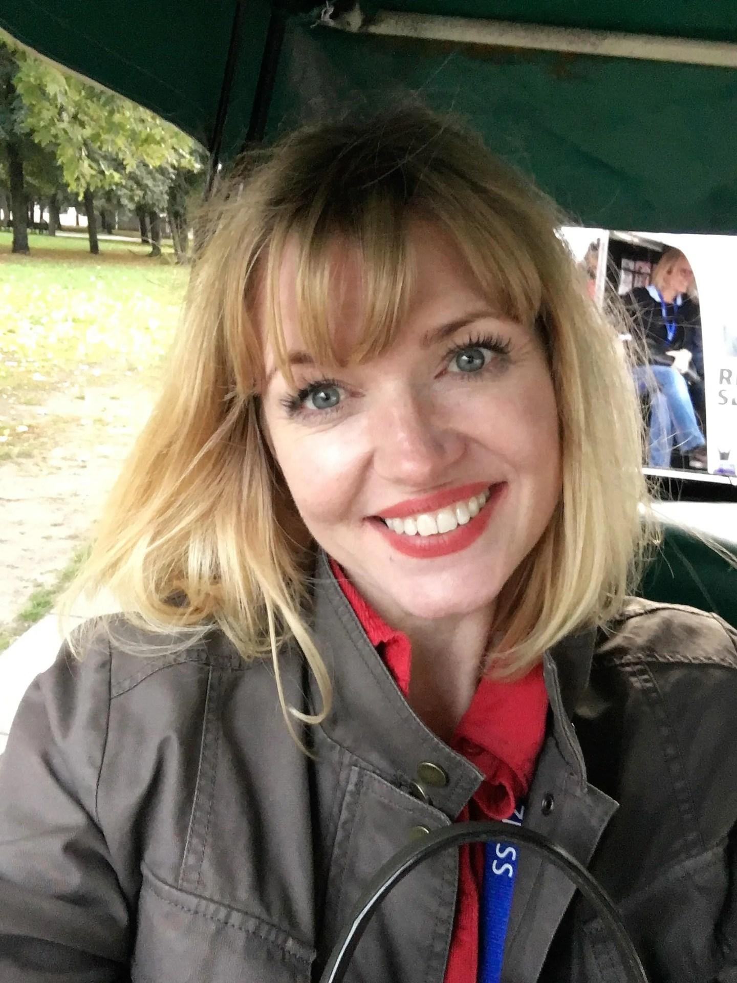 what lizzy loves Berlin Zeiss future of optics rickshaw ride selfie