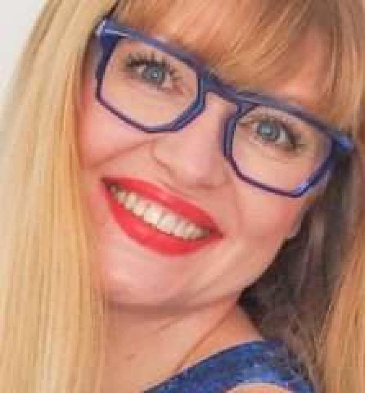 what-lizzy-loves-sustainable-eyewear-eco-hemp-sustainable eyewear