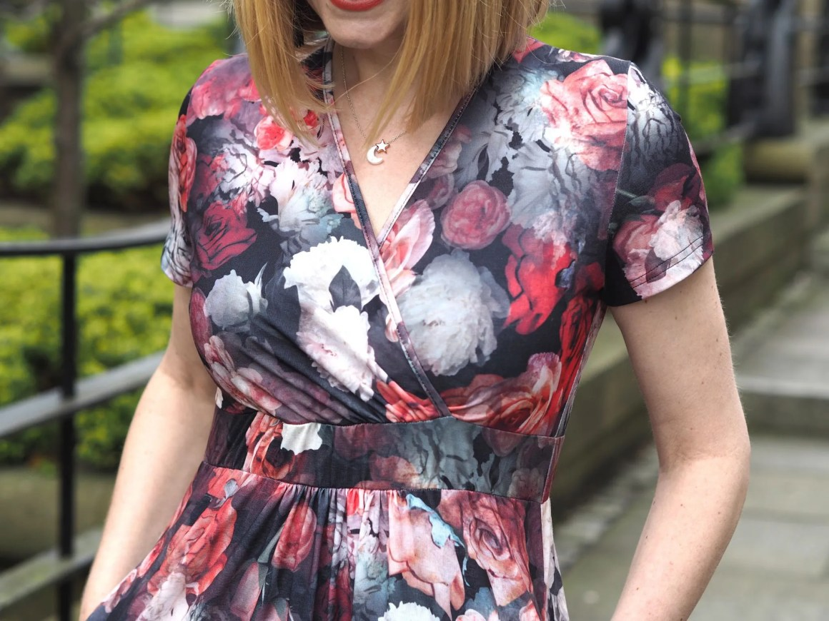 what Lizzy Loves floral maxi dress neckline detail