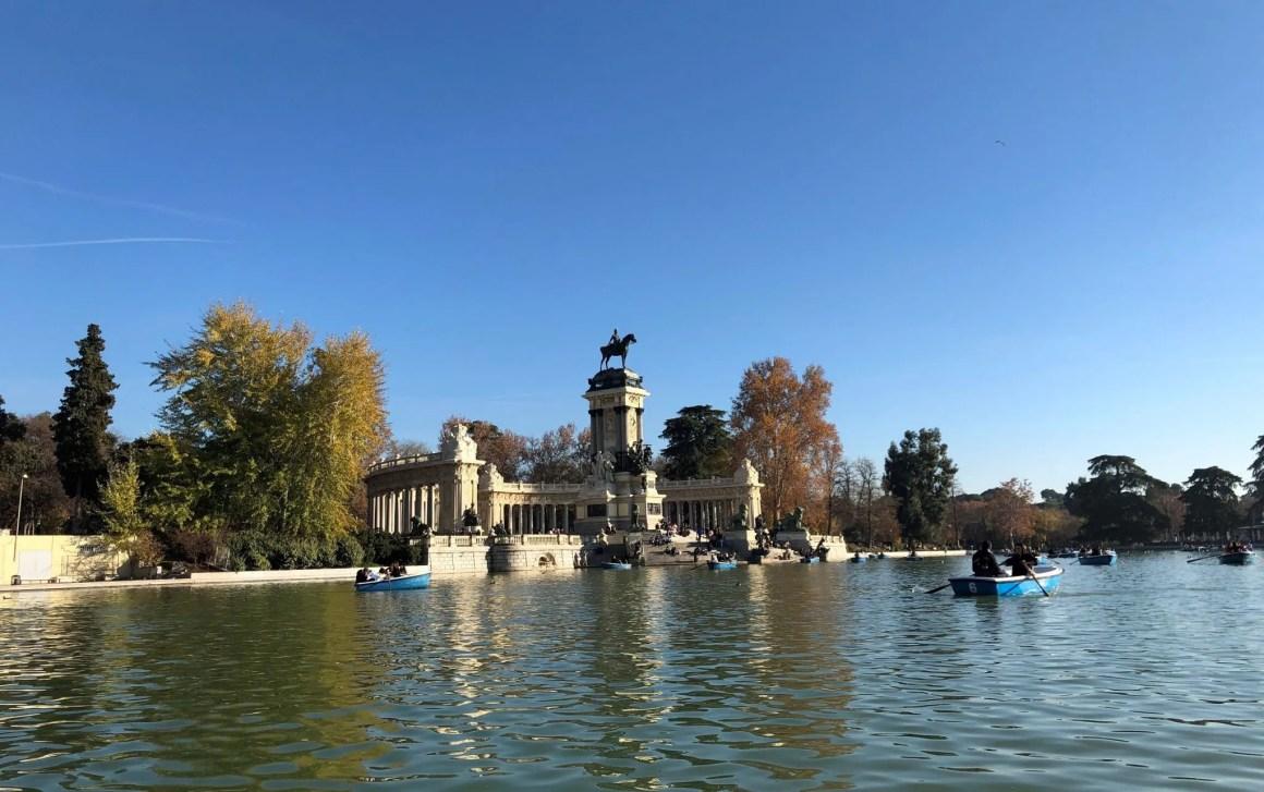 Parque de el Retiro, Madrid, rowing boat