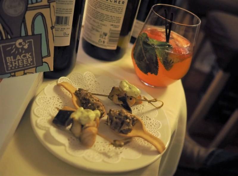 Le Caveau Skipton tasting menu cocktail and canapes