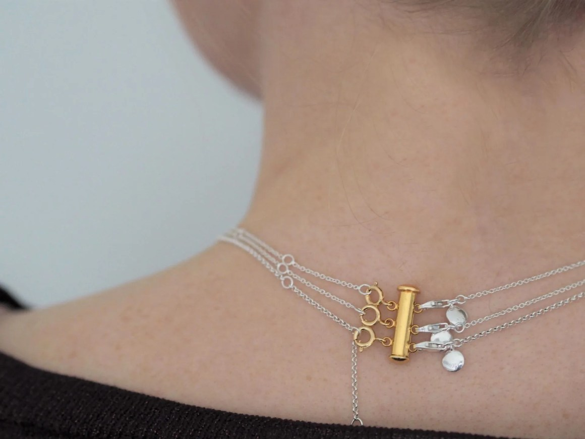 how to stop necklaces getting tangled