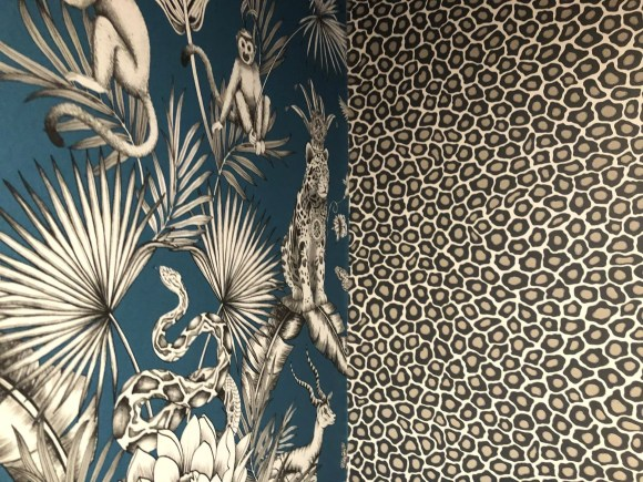 menagerie wallpaper and leopard wallpaper