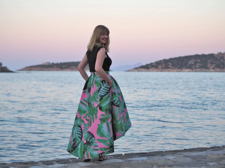 Holiday outfits: pink and green floral high low skirt