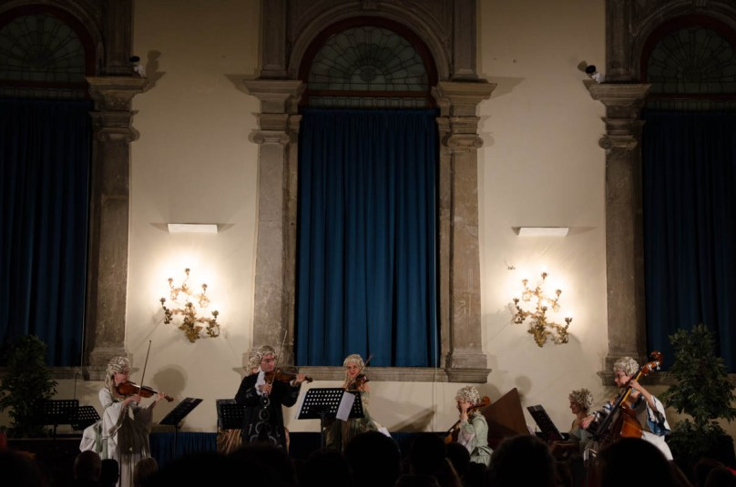 In the evening we went to listen to Vivaldi's Four Seasons in a nice little concert hall. I really felt thrown back into old Venice with the setting and music. I am really grateful we had the opportunity to take part at a concert like this.