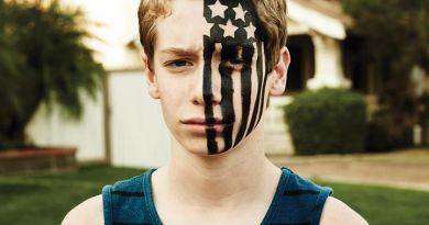 Fall Out Boy's American Beauty/American Psycho