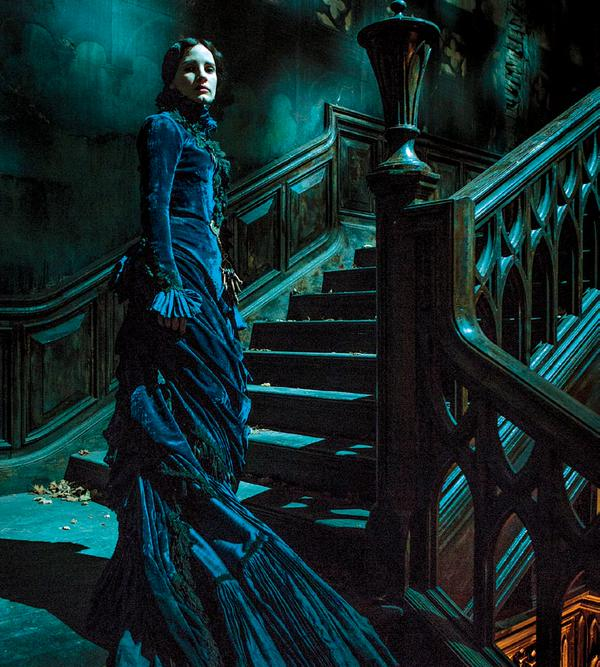 jessica chastain crimson peak
