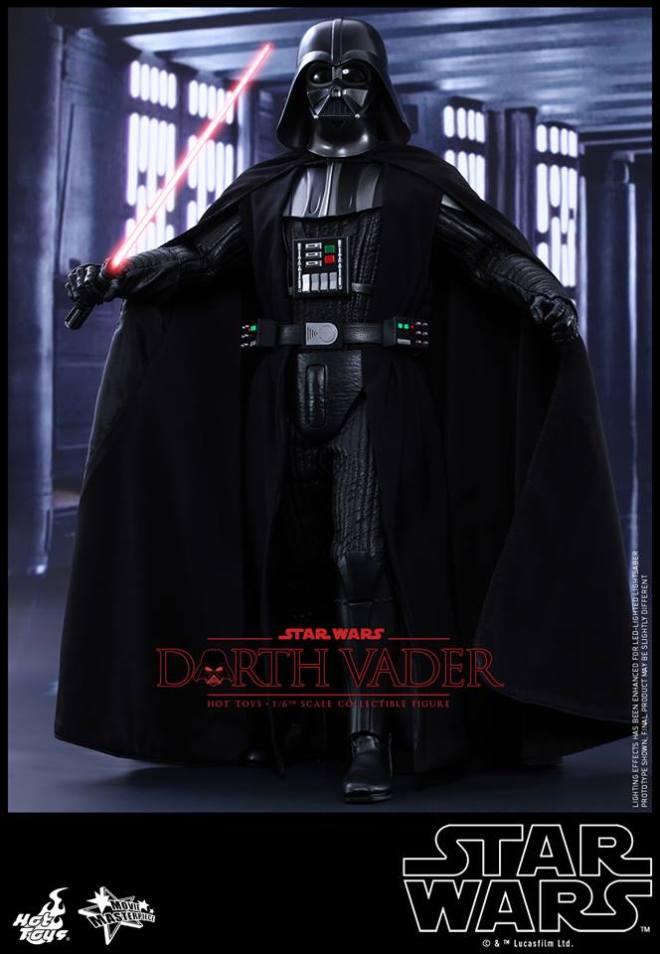 Hot-Toys-Darth-Vader-010