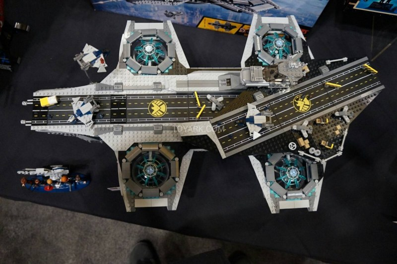 LEGO Hellicarrier toyfair 2014 (1)