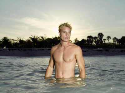 Justin-Hartley-as-Aquaman-1
