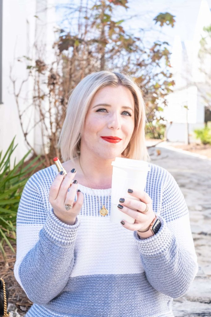 Why I Can't Stop Wearing Beautycounter's Red Lipstick #whatsavvysaid #cleanmakeup #beautycounter #redlipstick #cleanredlip #betterbeauty #beautycounter