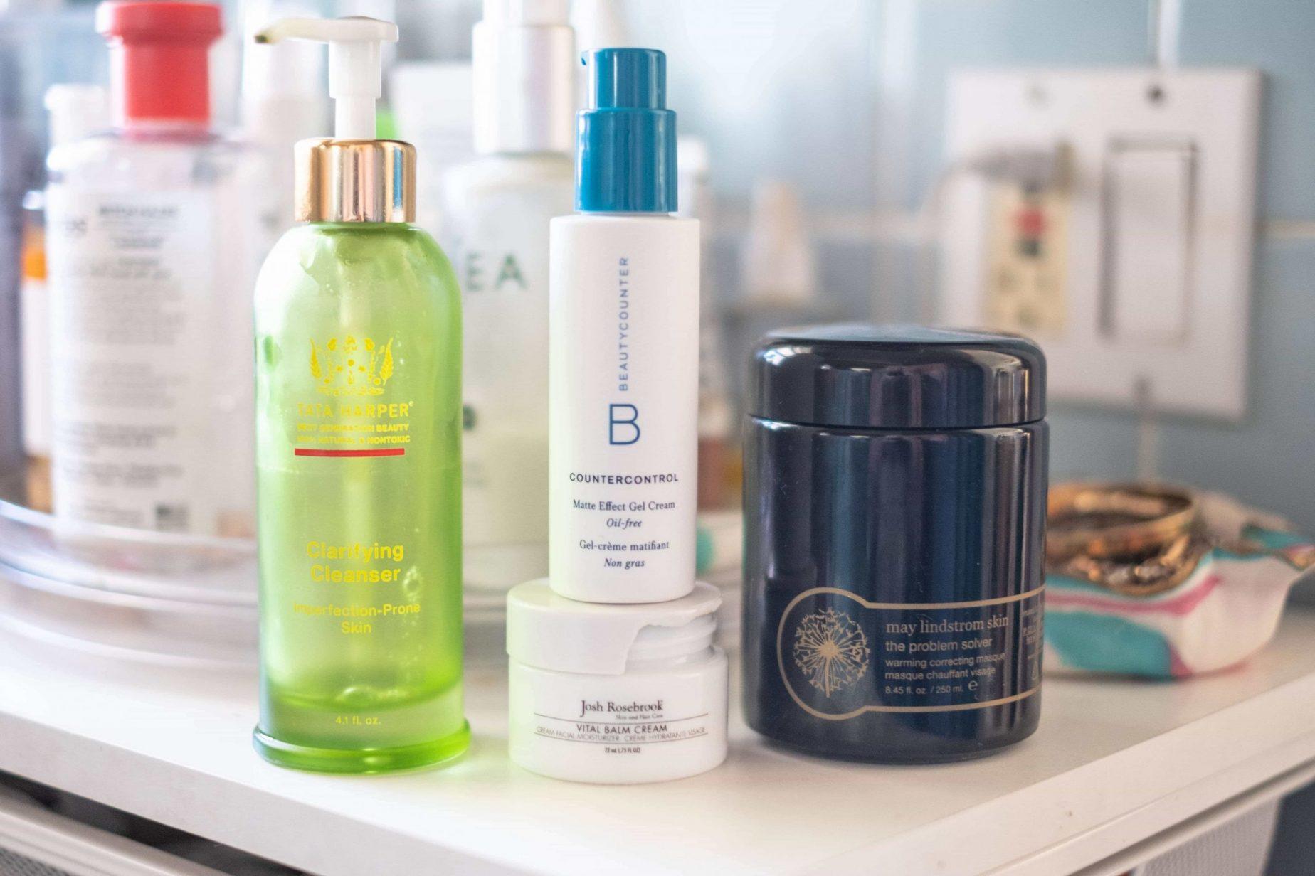 5 Products That Helped With My Acne Prone Skin #whatsavvysaid #acneproneskin #facemask #acne #wellnessblogger #joshrosebrook #tatahaper #maylindstrom #beautycounter #nontoxicskincare