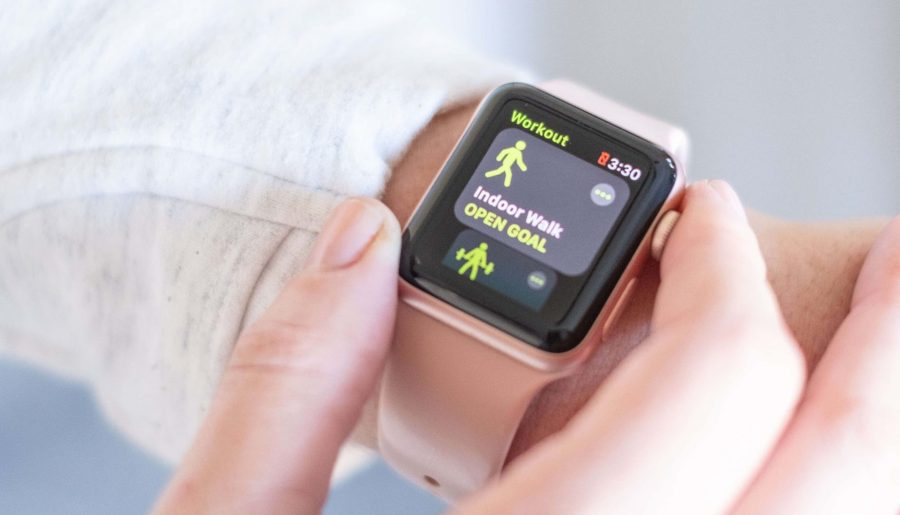 How To Know When Your Healthy Habits Have Become Unhealthy #whatsavvysaid #wellnessblogger #healthylifestyle #healthyhabits #unhealthyhabits #fitgirl #applewatch #fitness