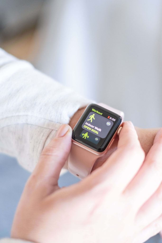 How To Know When Your Healthy Habits Have Become Unhealthy #whatsavvysaid #wellnessblogger #healthylifestyle #healthyhabits #unhealthyhabits #fitgirl #applewatch